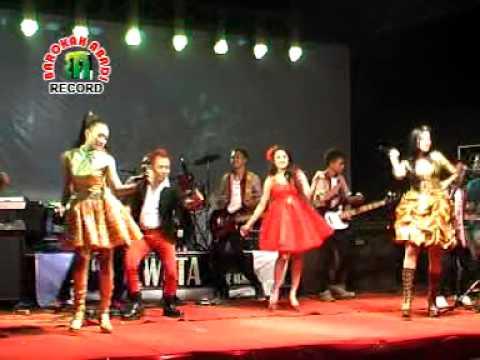 MACARENA ELSA SAVIRA DEWATA MUSIC BAROKAH ABADI