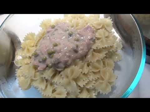 Old Fashioned Tuna Noodle Casserole
