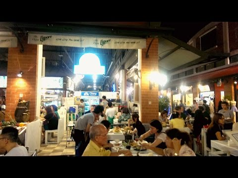Hanoi to Bangkok Trip 2017 - DAY 1 - Travel to Don Mueng Airport - Chaos river - Foods Asiatique