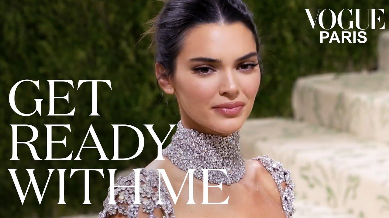 Kendall Jenner dévoile les secrets de son look pour le Met Gala | Get Ready With Me | Vogue Paris