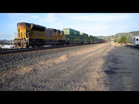 Union Pacific freight in The Dalles, Oregon