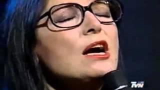 Nana Mouskouri  -  Yolanda  -.avi