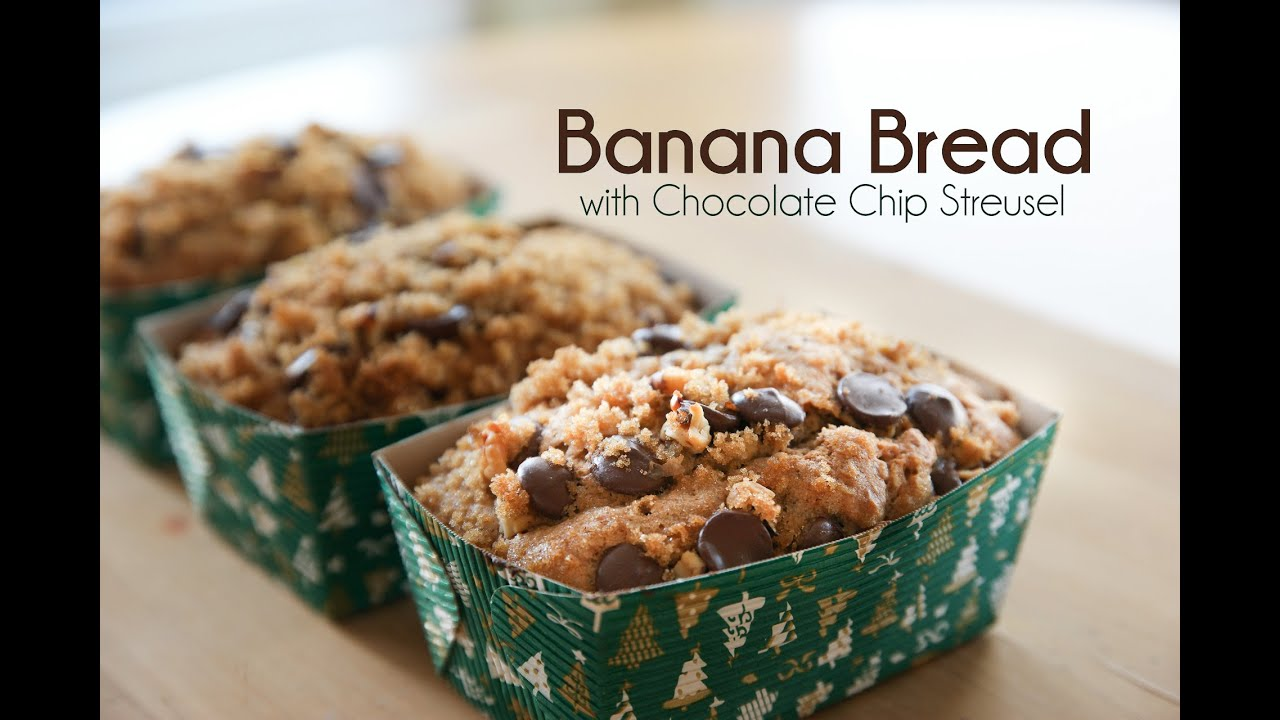 Banana Bread with Chocolate Chip Streusel - YouTube