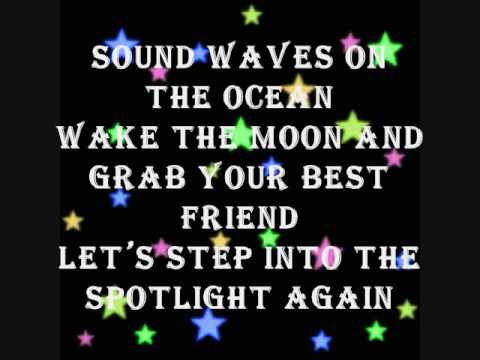 Spotlight by Hannah Montana Lyrics