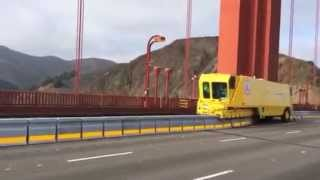 """Golden Zipper"" moving new Golden Gate Bridge median"