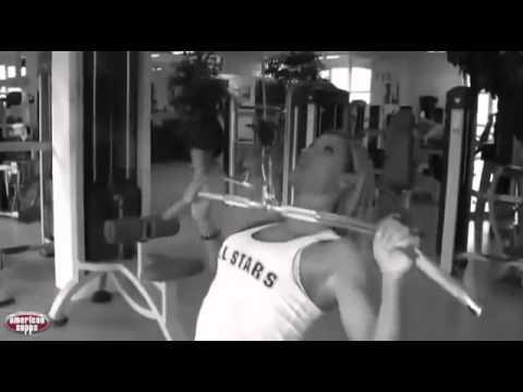 american-female-fitness-motivation-frauen-training-larissa-reis