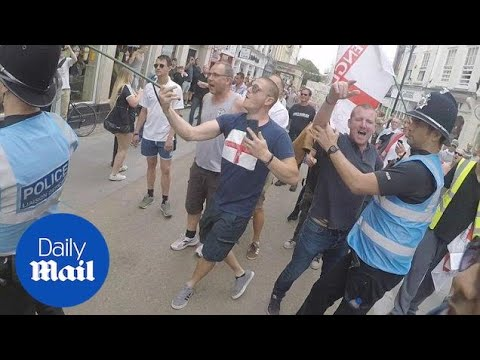 Clashes erupt during English Defence League march in Worcester - Daily Mail