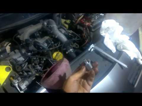 Замена масла для новичков Своими руками Renault Megane 2