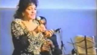 Armenian Song  Anoush Hayastan  (Ofelia Hampardzumian) live.mp4