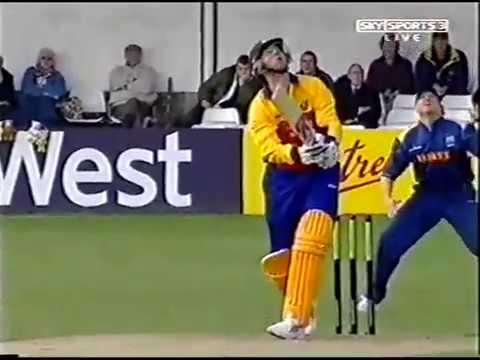 Essex V Warwickshire National League Cricket 2004