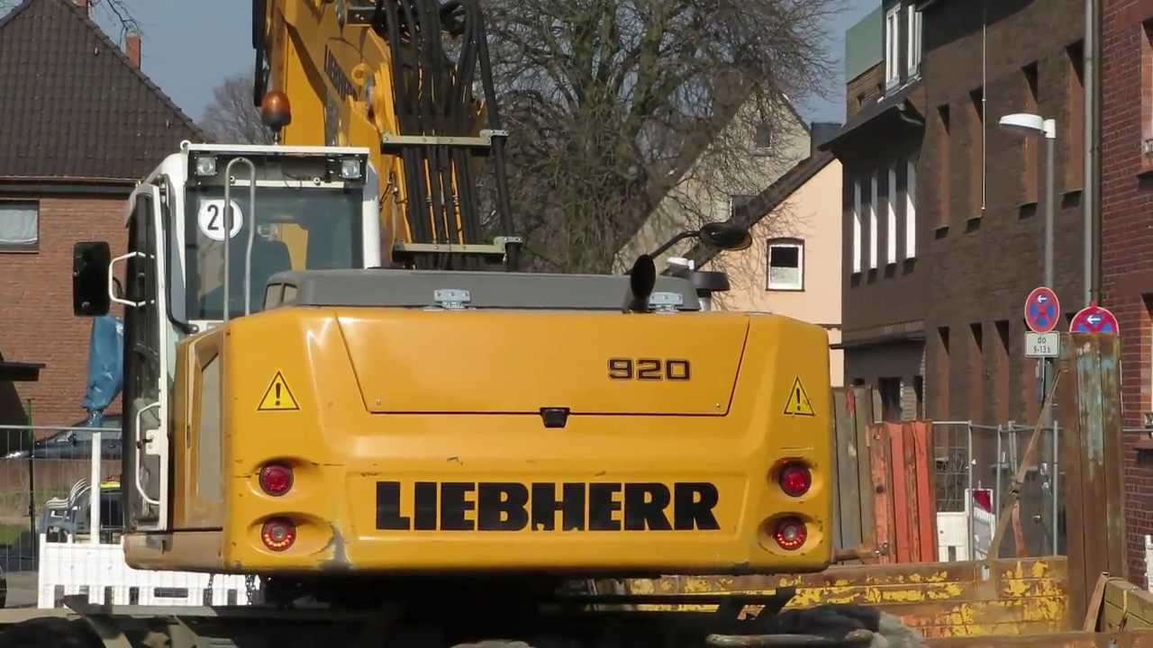 bagger liebherr a 920 hebt verbauteile youtube. Black Bedroom Furniture Sets. Home Design Ideas