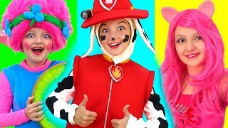 Simple song for kids with Super Elisa ! Hello !