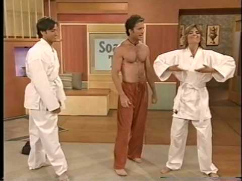 Scott Cole demonstrates Tai Chi to Lisa Rinna and Ty Treadway on Soap Talk