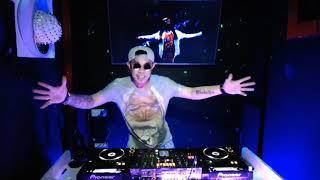 Download TAK BOSAN AKU MEMANDANGMU - UJUNG PERTEMUAN - LUKA JADI CERITA BY DJ RENGGINANG - SPECIAL NATAL 2020