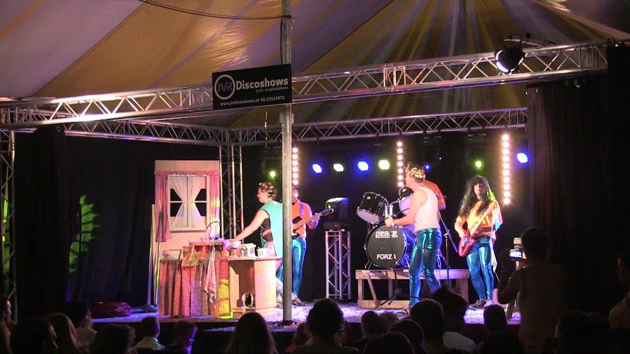 Playbackshow 2015 De Waterviolelie Wc Experience Een Natte Pan In De Kast