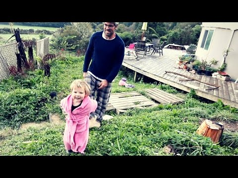 NO TOYS FOR HER BIRTHDAY?! | OFF GRID LIVING NZ