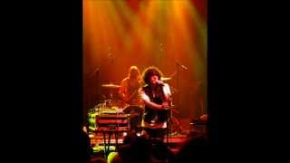 POLISH GIRL LYRICS-NEON INDIAN