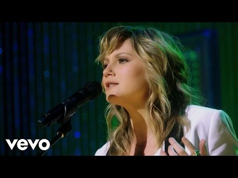 Jennifer Nettles - Jealousy (From RAM Country Live! On Yahoo Music)