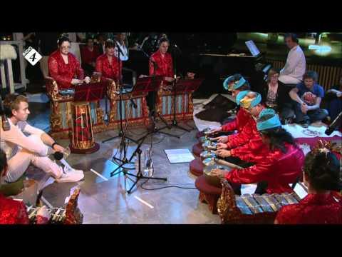 """VIRUS 12 april 2012: Gong Tirta - """"2 Palindromes"""" (Yudo)"""
