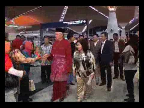 Diari Sehari Bersama Rosmah Mansor