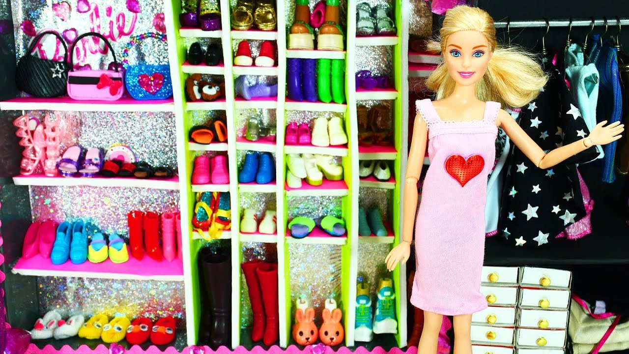 Story With Dolls Barbie Bathroom Bedroom Morning Routine First Boneka Hello Kitty Wedding14ampquotn A Day Of Work Come Play Me