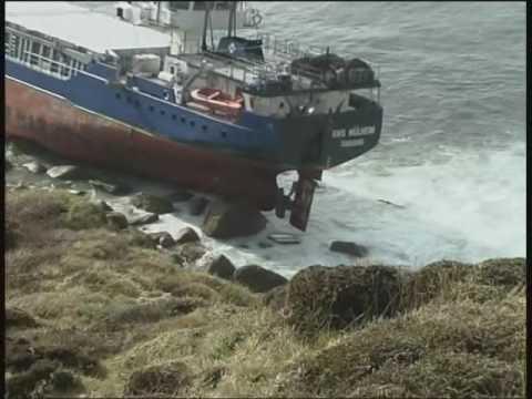 Lands End Shipwreck, RMS Mulheim runs aground in Cornwall