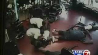 Rapper Brisco Gets Robbed at Barbershop ( Caught on tape )