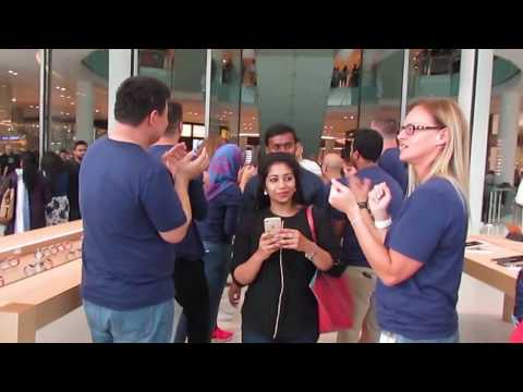 APPLE opens third outlet in the UAE at the Dubai Mall