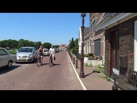 Fietsen over de Schellingwouderdijk - Amsterdam Noord