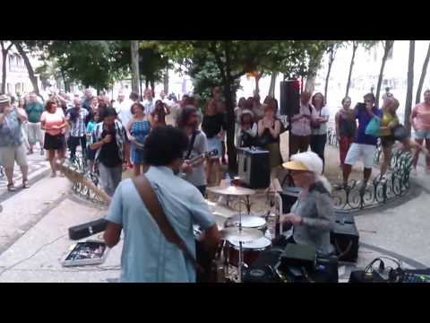 Little old lady shocks audience with drumming skills