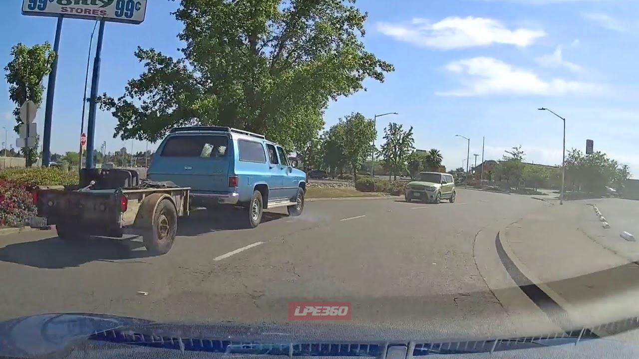 Car Drives the wrong way