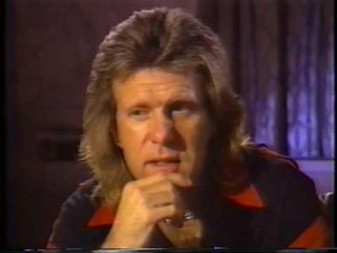 Emerson Lake Palmer BACKSTAGE 93 Pt 01 interview