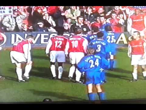 Dennis wise v arsenal.mp4