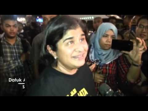 Updated New Year's eve Turun protest (bottles flying)