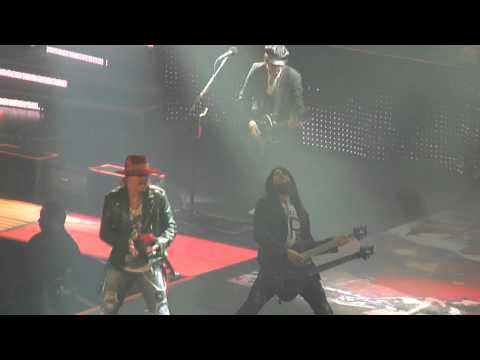 "Guns n' Roses with Izzy Stradlin ""Nightrain"" 11-24-12 Las Vegas"