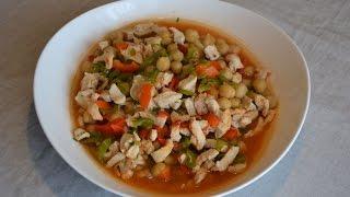 Нут с куриной грудкой и овощами