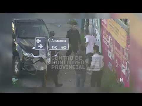 Un video muestra cómo dos jóvenes reducen a un ladrón que intentó asaltarlos