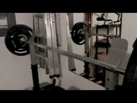 review:-gold's-gym-xrs-20-olympic-workout-bench-and-rack