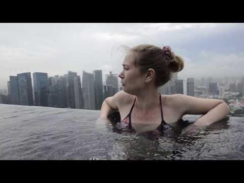 Обзор номера в отеле Marina Bay (Сингапур) и бассейна на крыше