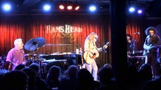 Rickie Lee Jones shows the boys how to play 'Danny's All-Star Joint'  Live @ Rams Head Annapolis, MD