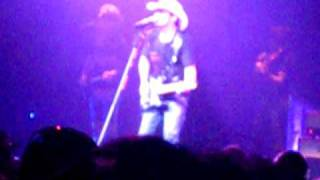 Brad Paisley-Then-Cincinnati, OH-6/19/09