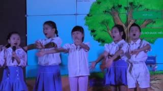 Các BMSers khối 2 hát về 7 thói quen tại Hội thảo của PHHS cực đáng yêu