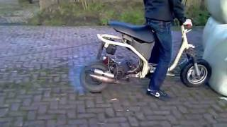 Louis Scooter Burnout Zip Frame Racer Verlengd