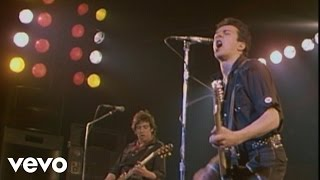 The Clash - I Fought the Law (Live at the London Lyceum Theatre - 1979)