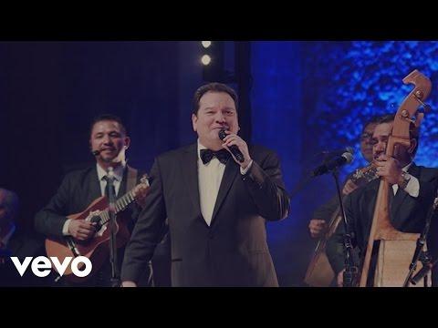 Jorge Muñiz - Mujeres Divinas / Acá Entre Nos (Medley)