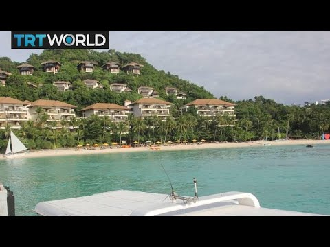 Philippines shuts 'cesspool' island to tourists | Money Talks