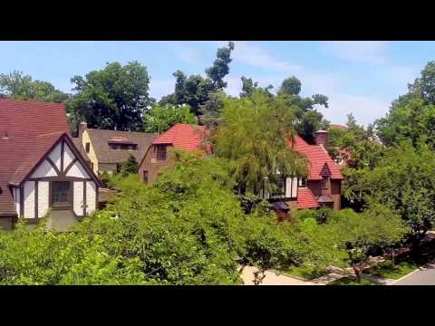 A TOUR OF FOREST HILLS GARDENS, NYC