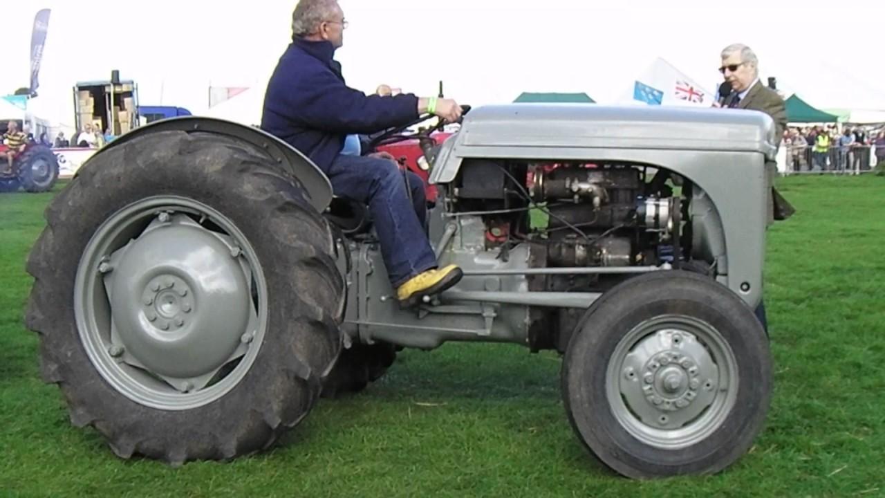 T20 Ferguson Tractor : Ferguson t petrol tractor grey youtube