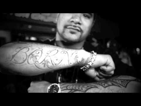 Waka Flocka - Hard In Da Paint - Drew Deezy Remix