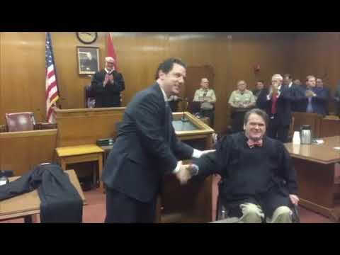 2/2/2018 Douglas Chapman takes oath as Maury County's General Sessions Judge